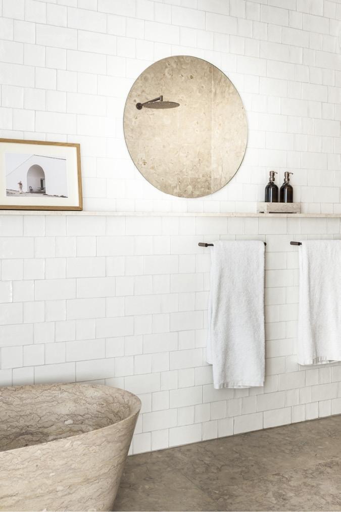 Schönbuch Design Wandspiegel Cut Ablage Massivholz zeitlos studio taschide Schönbuch design wall mirror Cut shelf solid wood timeless studio taschide
