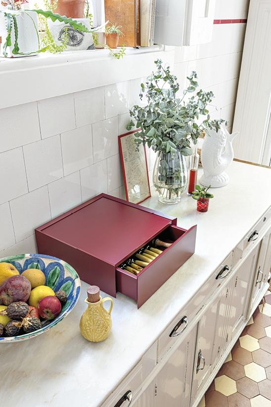 Schönbuch Design Schubladenelement Souvenir Holz minimalistisch rot Sebastian Herkner Schönbuch design drawer Souvenir wood minimalist red Sebastian Herkner