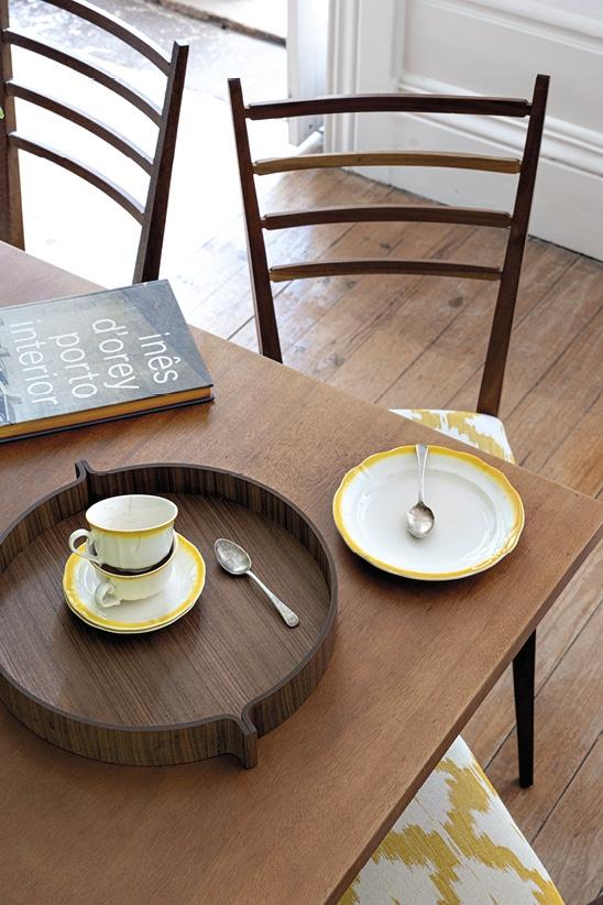 Schönbuch Design Tablett Kaede rund Holz Nussbaum Hanne Willmann Schönbuch design tray Kaede round wood walnut Hanne Willmann