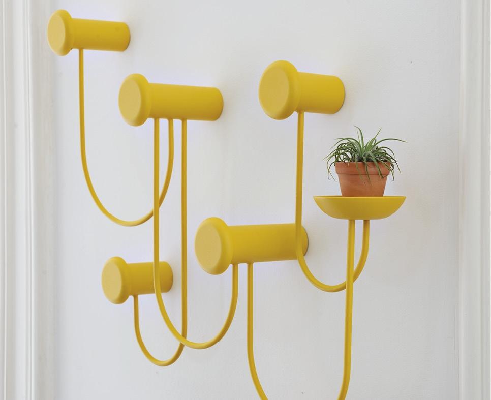 Schönbuch Design Wandgarderobe Pina Haken Metall gelb Laurent Batisse Schönbuch design wall-mounted coat rack Pina hooks metal yellow Laurent Batisse