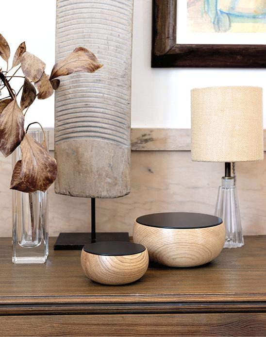 Schönbuch Design Schale Massivholz rund Eiche Deckel schwarz Silje Nesdal special edition 2019 Schönbuch design bowl solid wood round oak lid black Silje Nesdal special edition 2019