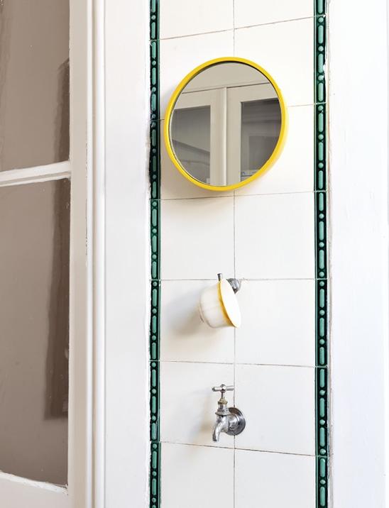 Schönbuch Design Wandspiegel Bubble Keramik rund gelb Sebastian Herkner Schönbuch Design wall mirror Bubble ceramic round yellow Sebastian Herkner